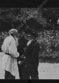 LNTI 2.25 Lev Nikolaevitch parlant à deux hommes