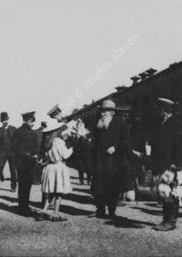 LNTI 2.51 L.N. Tolstoï à la gare de Krekchino