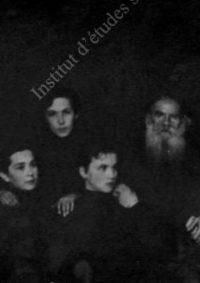 LNTI 4.12 L.N. Tolstoï entouré de ses disciples et amis