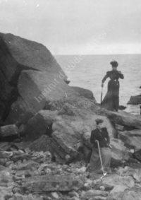 LNTI 7.06 Sofia Tolstoï au bord de la mer Noire