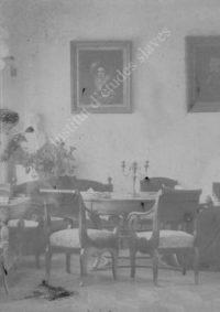 LNTI 7.07 Sofia Tolstoï lisant au salon