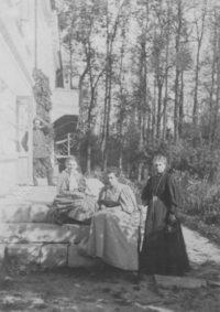 LNTI 7.10 Sofia Tolstoï et ses filles Tatiana et Aleksandra