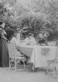LNTI 7.31 L.N. Tolstoï avec le sculpteur Ilya Guinzbourg