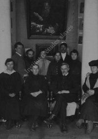 LNTI 1.18 Le personnel du Musée Tolstoï à Moscou