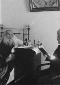 LNTI 2.38 L.N. Tolstoï écoutant la lecture du Docteur Makovicky