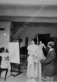 LNTI 3.27 Sofia Tolstoï pose pour sa fille Tatiana et le sculpteur Ilya Guinzbourg