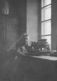 LNTI 3.28 Hélène Denissenko, fille de Maria Nikolaevna Tolstoï