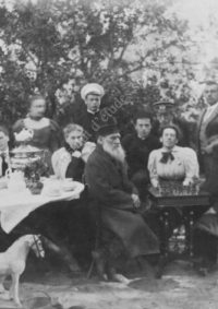 LNTI 4.53 L.N. Tolstoï jouant aux échecs avec Sergueï Taneïev