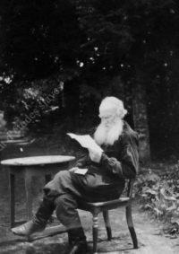LNTI 8.12 L.N. Tolstoï lisant