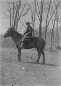 LNTI 8.30 L.N. Tolstoï à cheval
